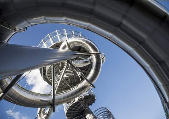 Aventura-Slide-Tower-efe-1.jpg