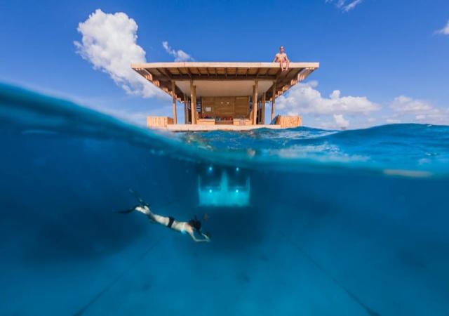 manta-resort1.jpg
