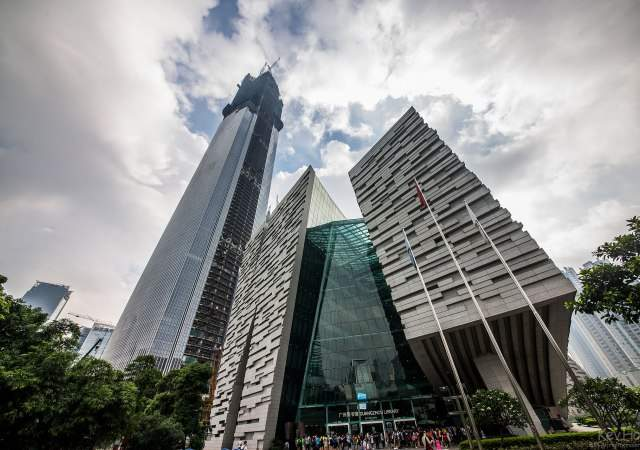 El ascensor más veloz: 75,6 km/h