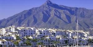 Marbella, a la caza del millonario ruso