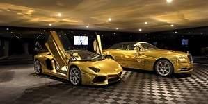100 millones de dólares por una mansión en Bel Air que incluye dos coches de oro