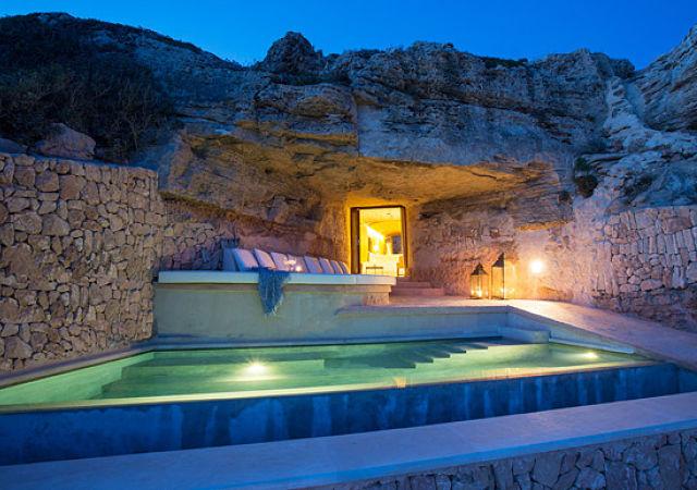 hotel fortaleza en mallorca con vistas al mar. Black Bedroom Furniture Sets. Home Design Ideas