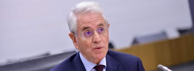 Gullón Rodríguez ve discutible la sentencia europea sobre los interinos