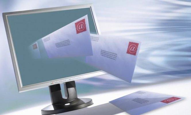 email-thinkstock-665.jpg
