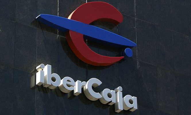 Ibercaja plantea el cierre de 22 oficinas - Oficinas ibercaja barcelona ...