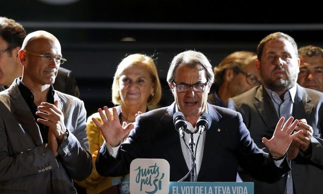 27S-ArturMas-Romeva-Junqueras-Reuters.jpg