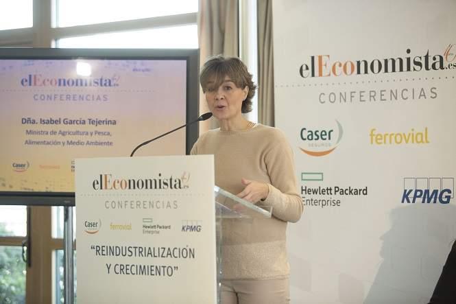 La ministra de agricultura, Isabel García Tejerina, ha participado en la III Jornada Reindustrialización y Crecimiento, de elEco
