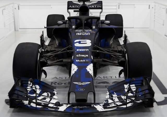 Red Bull presenta el RB14: así es su nuevo monoplaza para 2018