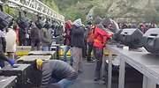 Tsunami Democràtic ataca al transporte internacional bloqueando la AP-7 en la Junquera
