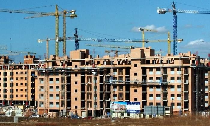 <center>Los fondos piden estabilidad para construir más</center>