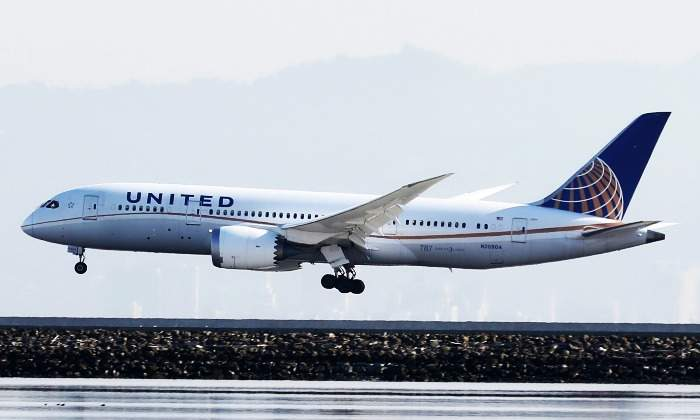 united-airlines-700.jpg