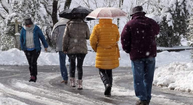 nieve-gente-galicia-efe.jpg