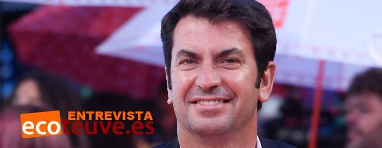 Arturo Valls: Sálvame sigue porque somos cotillas; ¡Ahora caigo! es más amable
