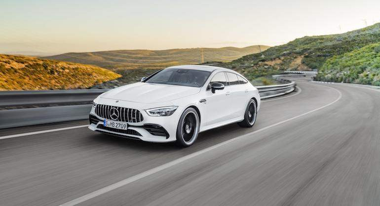 mercedes-amg-gt-coupe-4p-1.jpg