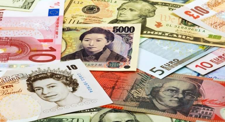 Diferentes monedas