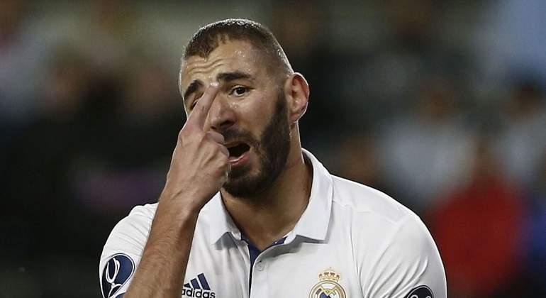 Benzema-protesta-Supercopa-2016-efe.jpg