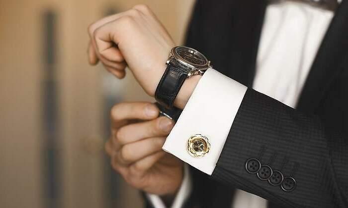 02a387eb3 Cinco claves para averiguar si un reloj de lujo es falso ...