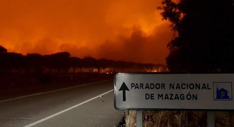 incendio-mazagon-efe.jpg