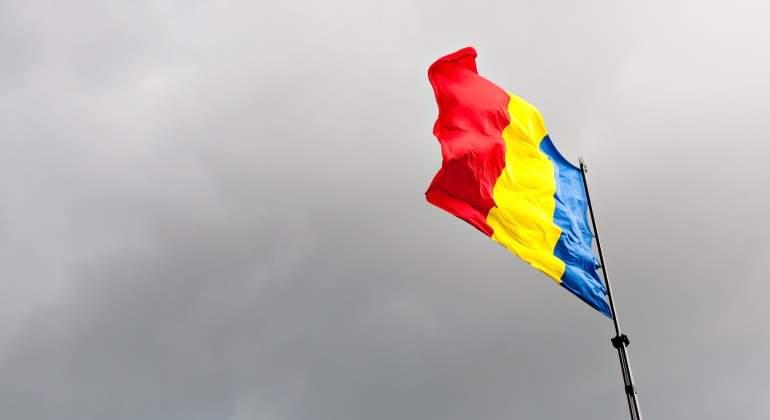 bandera-tumana-nublado.jpg