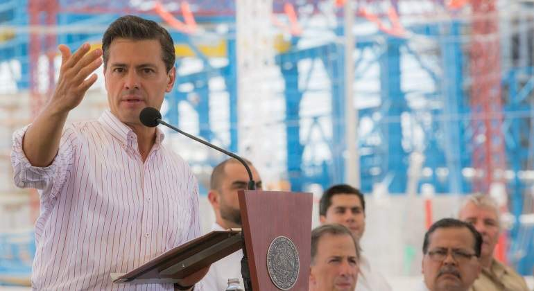 Tarifas eléctricas 10% más baratas que en 2012, según Peña Nieto