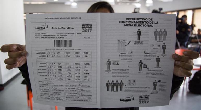 Instructivo-votacion-venezuela-efe-770x420.png