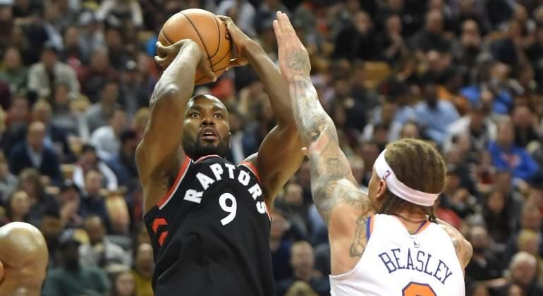 Ibaka-Knicks-2018-Reuters.jpg
