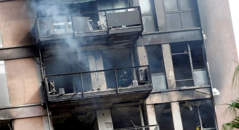 Barcelona-incendio-1nov2017-EFE.jpg
