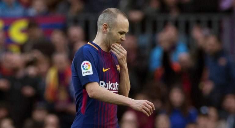 El Barça asume el adiós de Iniesta
