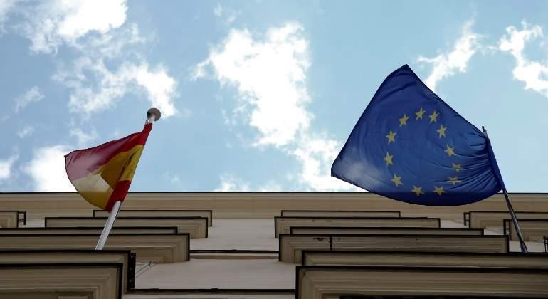 banderas-espana-ue-reuters.jpg