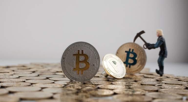 bitcoin-minando.jpg