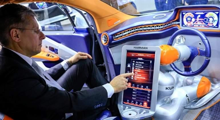 Samsung comprará empresa de tecnología automotriz Harman por 8.000 mln dlr