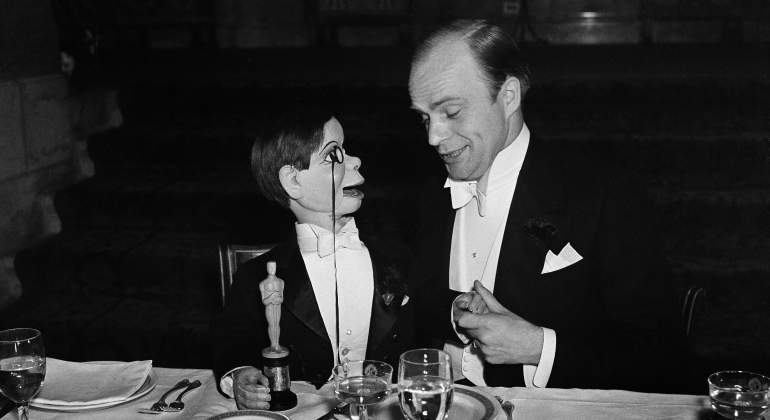 edgar-bergen-oscar-getty.jpg