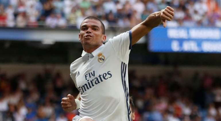 Pepe-Celebra-RM-2016-Reuters.jpg