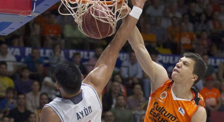 valencia-gana-madrid-semifinales-endesa-efe.jpg