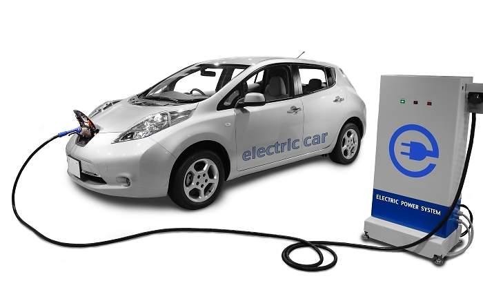 Que Vehículo Eléctrico Recargar Un Cuesta El En Electrolinera Triple mN8n0wOyvP