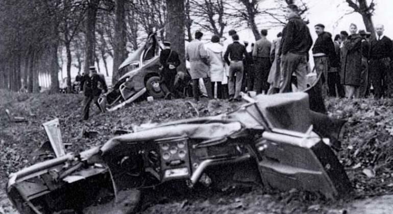 accidente-trafico-idiota-AlbertCamus.jpg