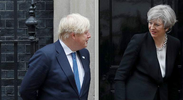 boris-theresa-may-reuters.jpg