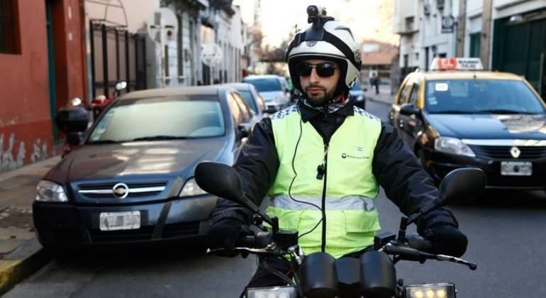 policia-argentina-camara.jpg