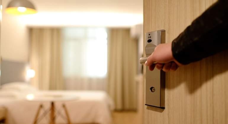 hotel-puerta-pixabay.jpg