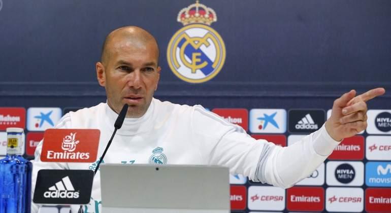 Zidane-dedo-rp-serio-2018-EFE.jpg