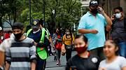 Mexicanos-Caminando-Reuters.JPG