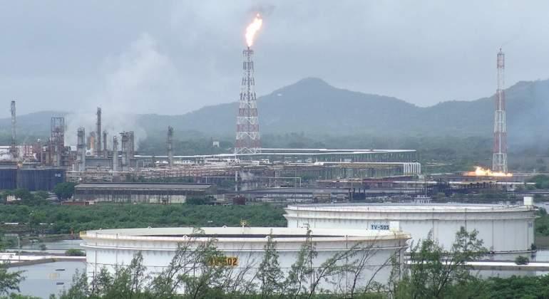 Refineria-salinacruz-reuters.jpg