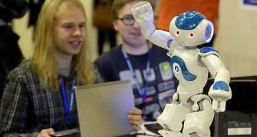 Las nuevas profesiones que aparecerán con la llegada de los robots humanoides