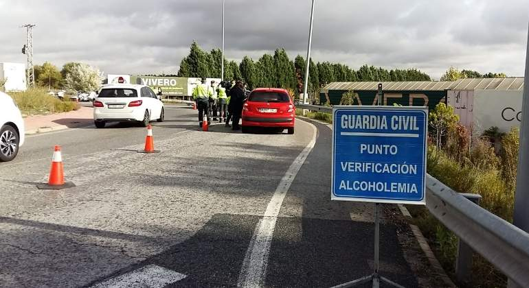 control-alcohol-drogas-guardia-civil.jpg