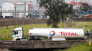 total-petroleo-camion-sudafrica-reuters-770x420.png