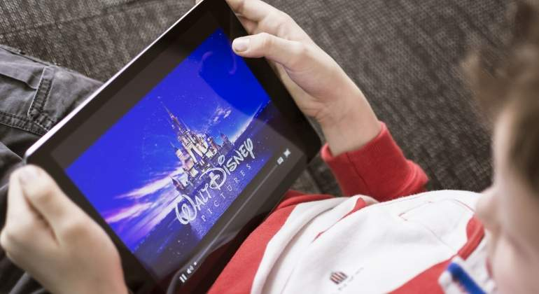 disney-tablet-dreamstime.jpg