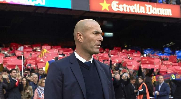 Zidane-campnou-2016-efe-clasico.jpg