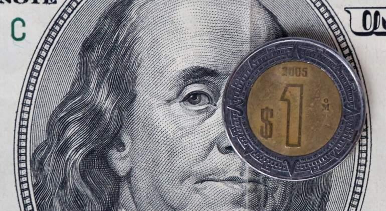 Nuevo récord de la bolsa mexicana a la espera de reportes corporativos