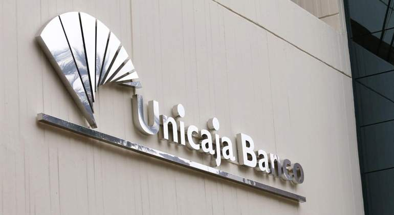 unicaja-banco-edificio.jpg