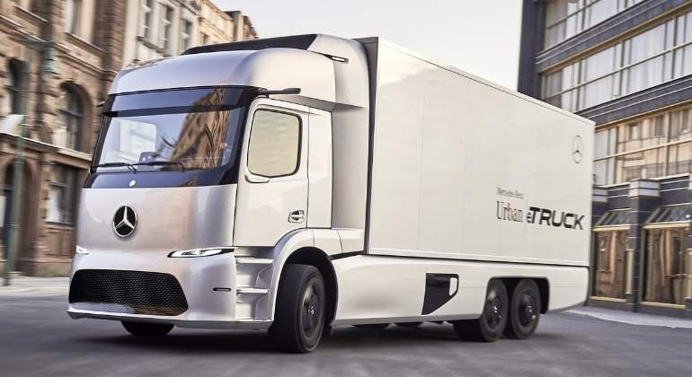 mercedes-urban-etruck-01.jpg